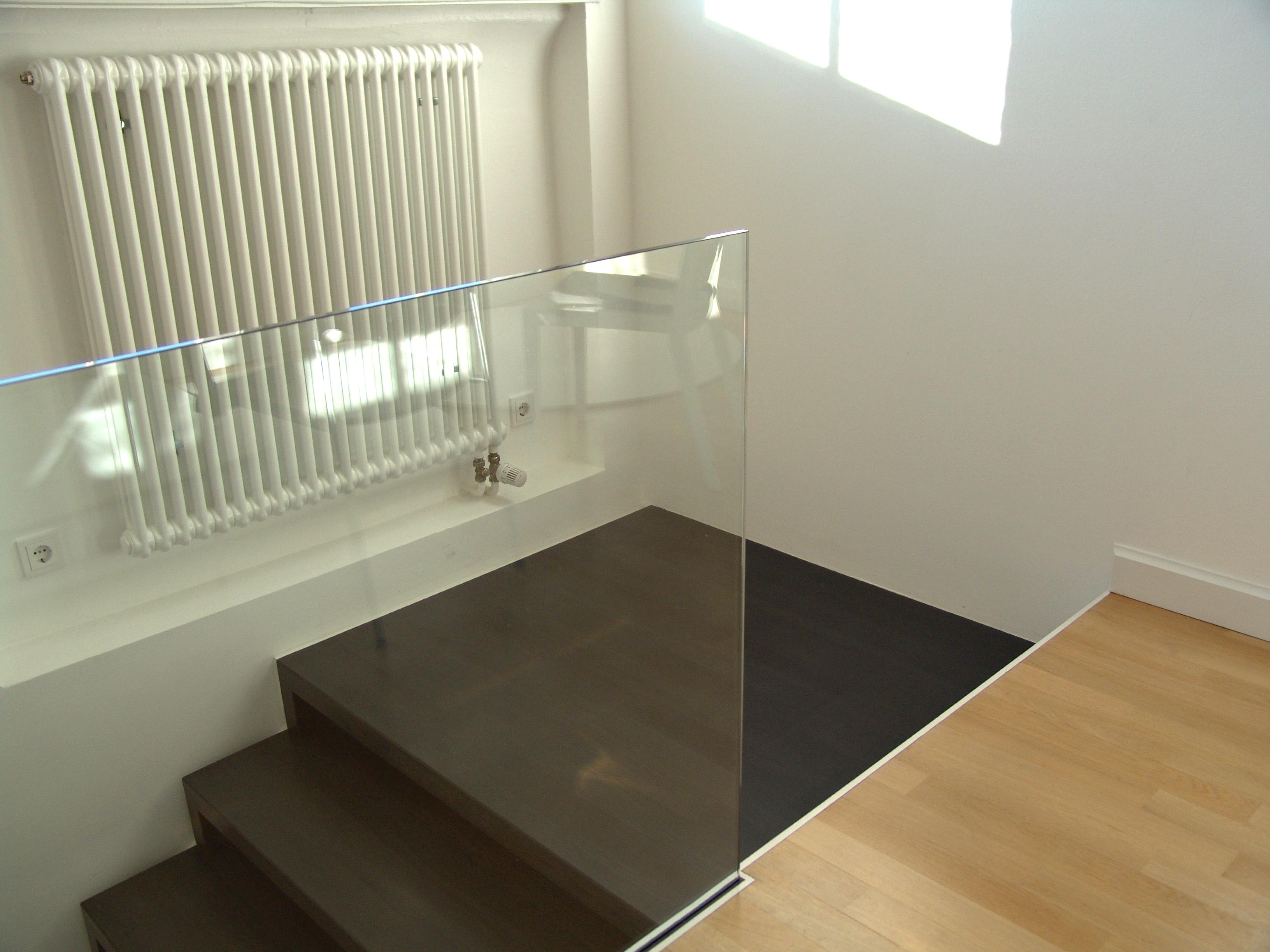 treppe in atelier eines designers waschtische aus beton. Black Bedroom Furniture Sets. Home Design Ideas