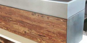 Unterschrank Stahlkorpus und Altholzfront